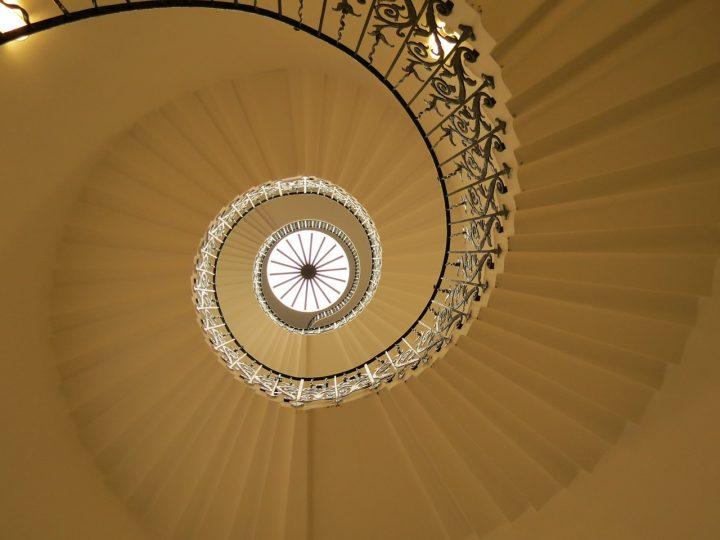 Rénovation de son escalier conçu en fer, comment faire ?