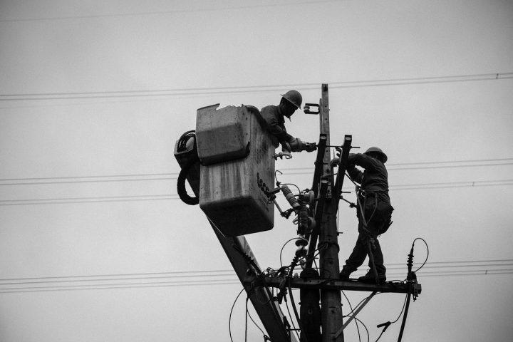 Les maintenances préventives des installations électriques deviennent incontournables